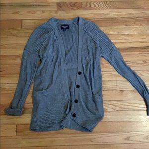 American Eagle Gray knit cardigan / sweater